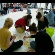 Noored kunstnikud jazzi maalimas
